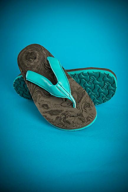 sandalen mit orthop dischem fu bett in eigenem design. Black Bedroom Furniture Sets. Home Design Ideas